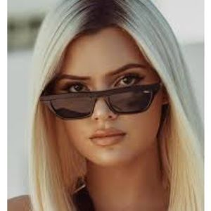 Quay Australia finesse sunglasses